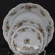 Johann Haviland Bavaria Moss Rose 5 pc. Place Setting