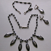 Siam Sterling Silver Niello Necklace, Earrings & Bracelet Demi-Parure