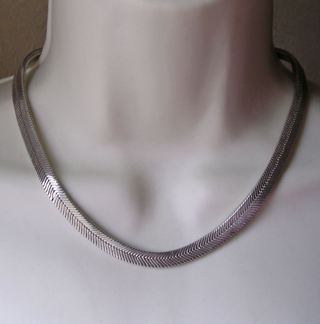 heavy vintage sterling silver herringbone collar necklace
