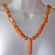 Fabulous Art Deco Marbled Butterscotch Bakelite Flapper Necklace