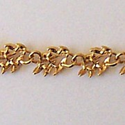 Signed Napier Gold Tone Leaves Link Bracelet