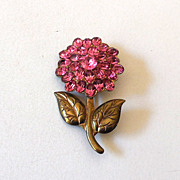 SALE Pretty Vintage Pink Rhinestone Flower Pin Brooch
