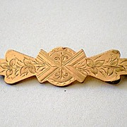 Victorian Gold Tone Bar Pin Brooch