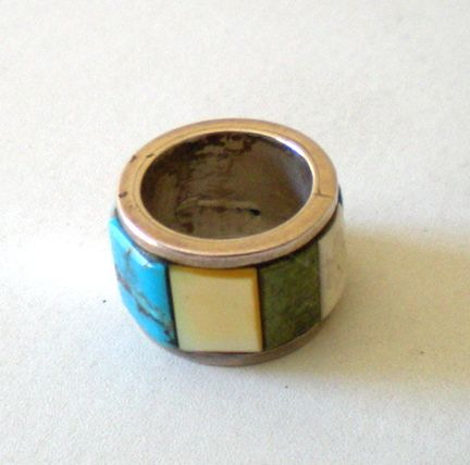 Vintage Ring Silver Band With Inset Stones
