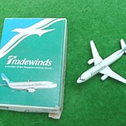 Tradewinds Scale Model Plane * Singapore Airlines