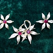 Pretty Flower Pin  & Earrings Set * Red Stones