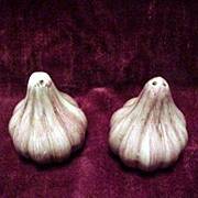 Vintage Salt & Pepper Shakers * Red Onions