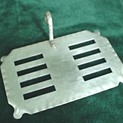 Toast Rack * Everlast Hammered Aluminum c. 1950's