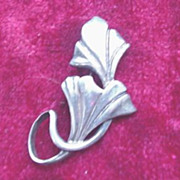 Sterling Silver Stylized Leaf Pin