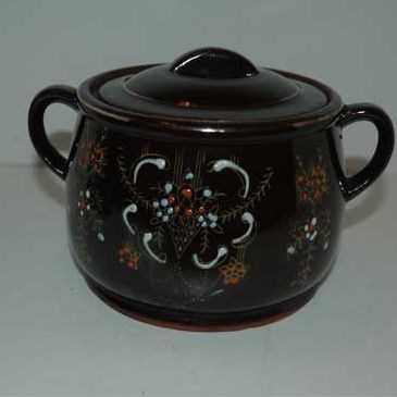 Japan brown  bean pot with cups