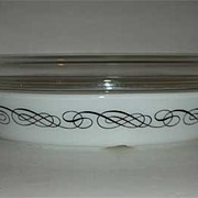 Pyrex unidentified black design casserole