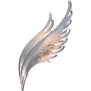 Trifari silver tone feather pin