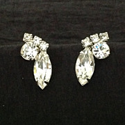 Vintage prong set rhinestone screw back earrings