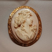 Intricate High Relief Shell Cameo Pin set in 10K Gold