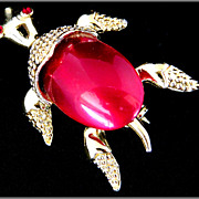 Gerry�s Burgundy Moon Glow Gold-Tone Turtle Pin, Jelly Belly Style