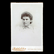 Victorian Cabinet Card Photograph of Young Woman 1880s