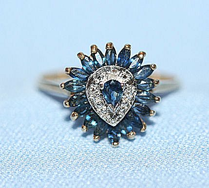 10K Yellow Gold and Blue Sapphire/Diamond Ring sz. 7.5