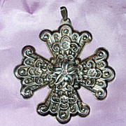 1974 Reed & Barton Christmas Cross of Sterling
