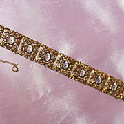 Attractive Goldtone and Crystal Stones Bracelet