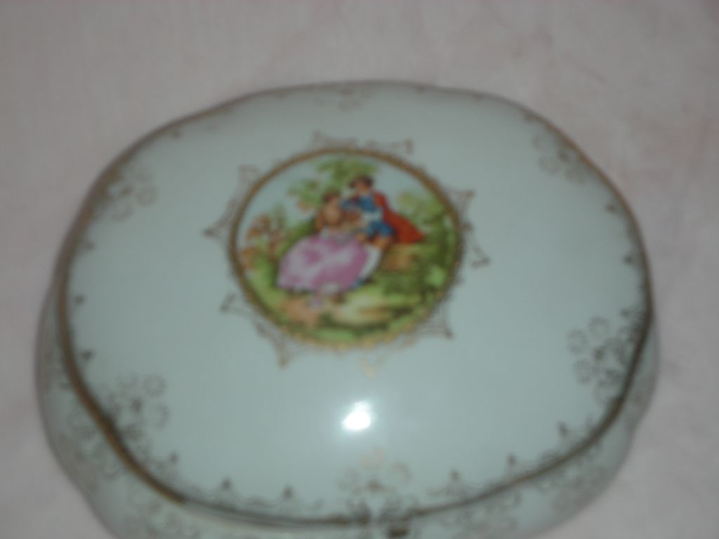 Vintage Vanity Box or Trinket Jar