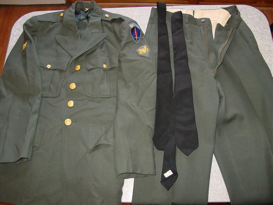 Military Army Uniform Coat Jacket Pants Europe Specialist Dress Green ...