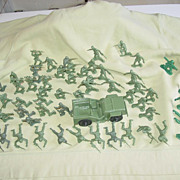 Tim Mee Toys Army Jeep Toy Soldiers Military Vietnam Era Processed Plastic OD Figures