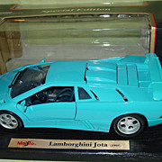 Lamborghini Jota 1:18 Scale Die Cast Maisto Special Edition Model Toy Car