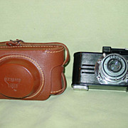 Argus Anastigmat 35mm Camera WWII Era Model A2B Black Bakelite Chrome