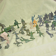 Plastic Toy Soldiers MPC Multiple Products Corp Jeeps Midgetoy Tootsietoy Auburn Army
