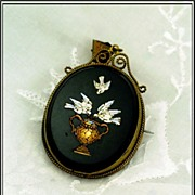 Good Antique Micro Mosaic Pendant: Doves!
