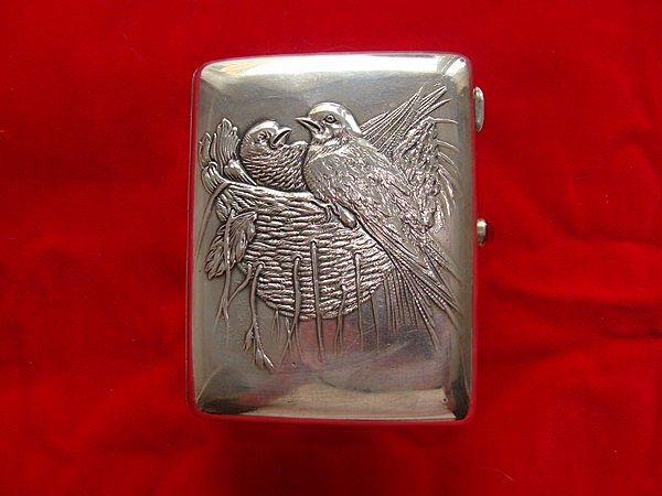 Antique Russian silver cigarette case depicting a bird�s nest, dated at about 1908