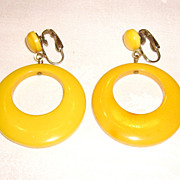 Vintage Butterscotch Bakelite Mod Door Knocker Clip-On Earrings