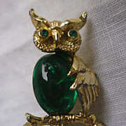 Gerry�s Green Belly Rhinestones Eyes Owl Pin Brooch