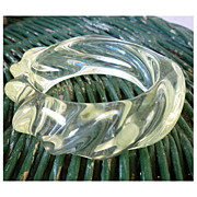 Very Chunky Swirl Clear Lucite Bangle Bracelet Vintage 60s