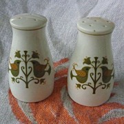 Noritake Salt and Pepper Set Humming Birds and Flowers