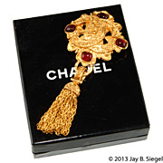 CHANEL Red Gripoix Glass CC Logo Tassel Brooch