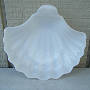 Anchor Hocking Milk Glass Seashell Dish