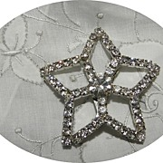 Vintage Star Clear Prong Set Brooch