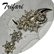 Vintage Trifari TWINKLE Brooch & Earrings Set 1952 Book Piece