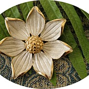 Vintage Kramer Flower Brooch in Gold & Silver Tones