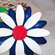 Vintage Flower Power Red White & Blue Big Daisy Brooch