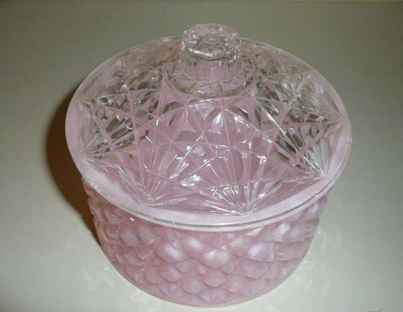 1950's  Pink Plastic Powder Box