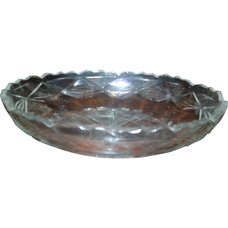 Th century anglo irish oval glass centerpiece bowl from