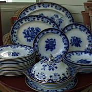 Extensive Antique 19th century Copeland Flow Blue Dinner Service