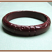 SALE Bakelite Bangle Bracelet Carved Chocolate Brown