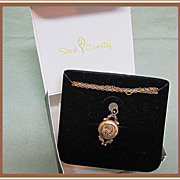 Locket Dainty Sarah Coventry in Box