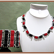 Selini Necklace Bracelet Thermoset Red and Black Big and Bold