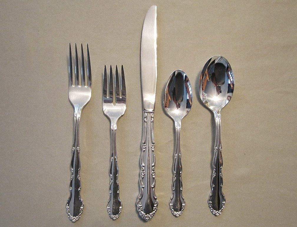 1881 Rogers Silverplate Service for Eight Flirtation Pattern
