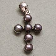 Sterling Silver Gray Pearl Cross Pendant