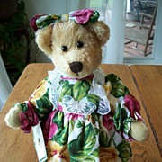 Royal Albert Anna Old Country Roses Country Cousin Bear